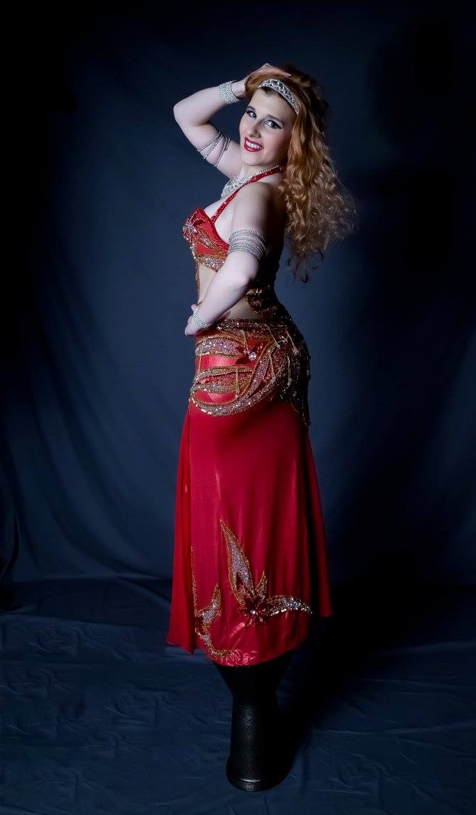 Zahra Noor - Professional Belly Dancer and Instructor in Pennsylvania